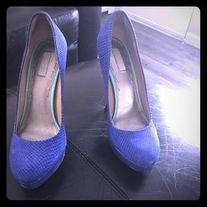 Rachael Roy blue heels size 8
